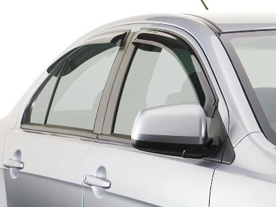 Дефлектор – красивый аксессуар или защитное средство для автомобиля?